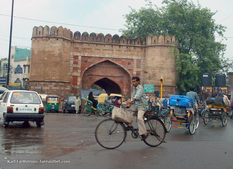 Delhi urban transport