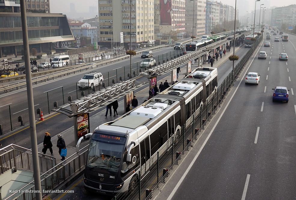 伊斯坦布尔城市交通